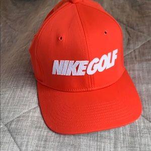 NIKE GOLF Hat